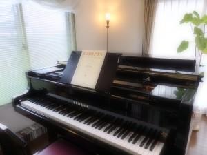 ピアノ レッスン室風景