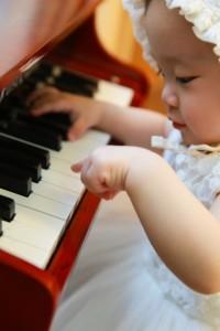 ピアノ 赤ちゃん